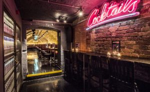 53e57_adventurebar_coventgarden_10